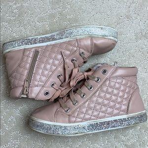 Wonder Nation hightop, pink, zipup, quilted shoe